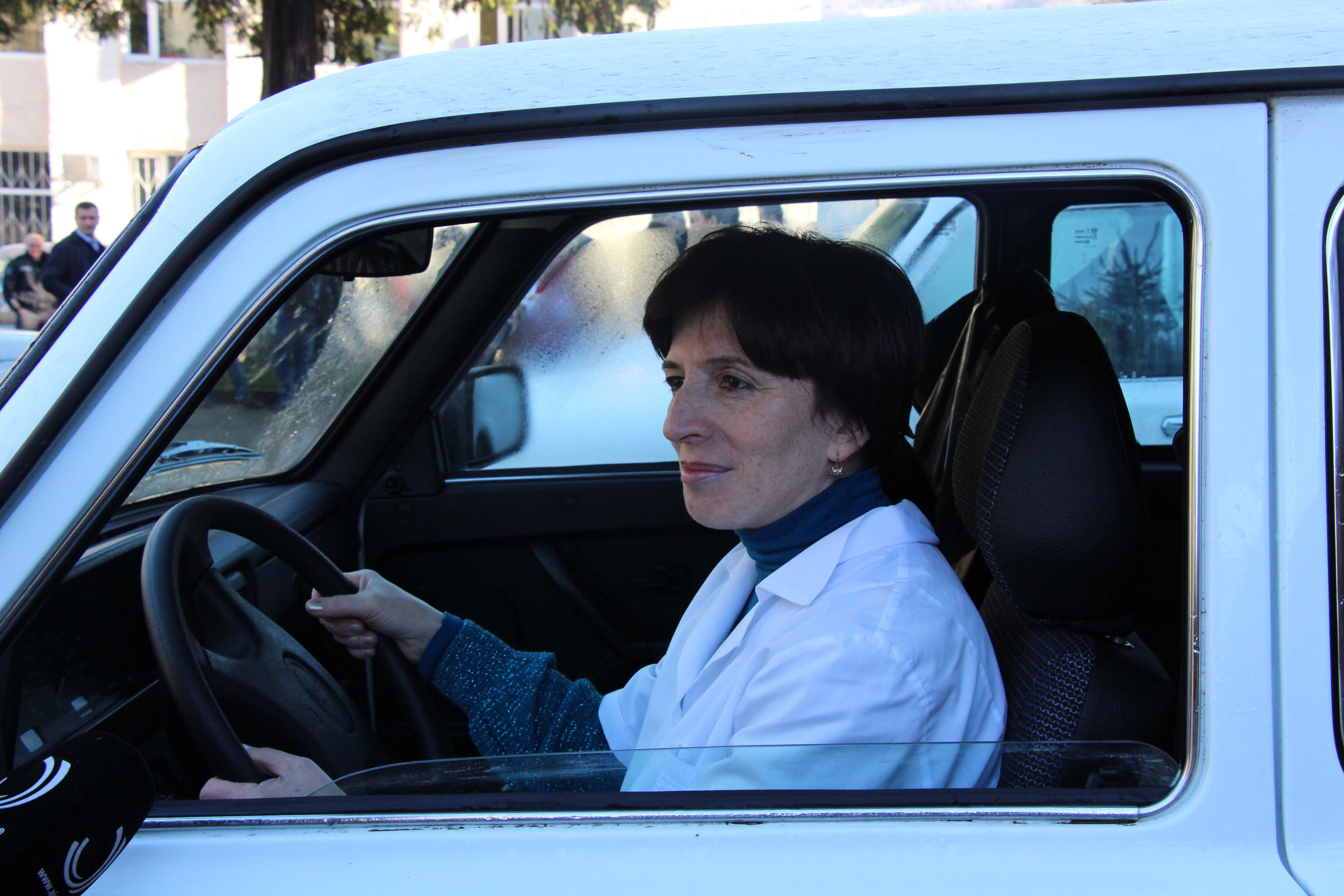 ქედის მუნიციპალიტეტის სოფლის ექიმებს ავტომანქანები გადაეცა